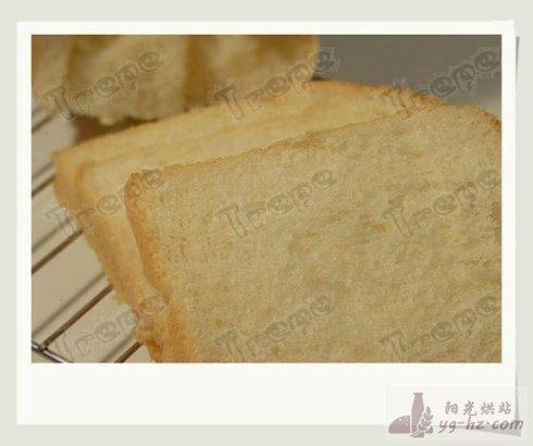 <b>并非最佳范例 - 奶油白土司的做法</b>