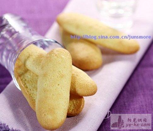 休闲可口多用途小饼---手指饼干的做法2
