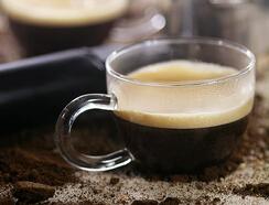甜点还需咖啡配---来杯意