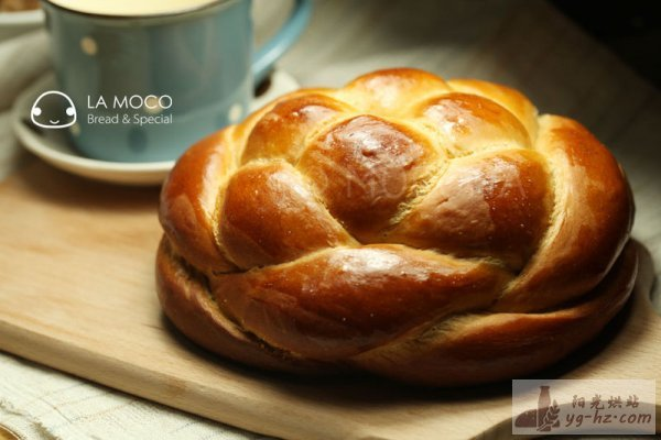 花开富贵-红糖四股辫面包的做法