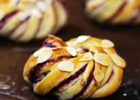 紫薯面包卷的做法,最健康可口的紫薯馅怎么做?