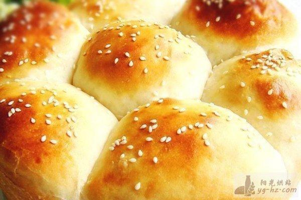 庞多米花式面包的做法
