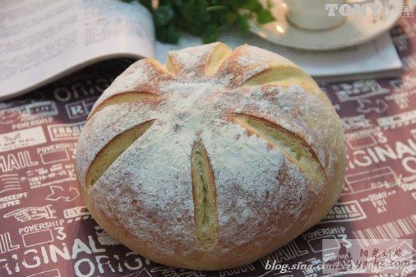 特浓牛奶香味的面包的做法