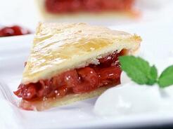 樱桃季节的应季甜点---传统樱桃派的做法