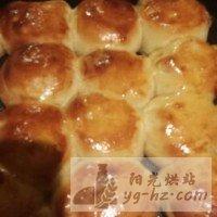 蜂蜜脆底小面包的做法图解6