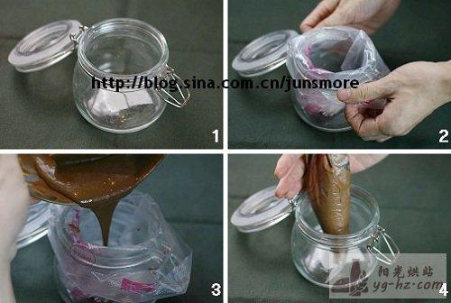 烘焙小贴士---怎么把面糊倒入裱花袋最方便?