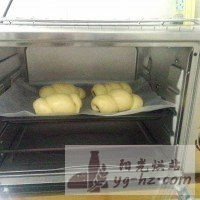 热狗肠面包的做法图解12