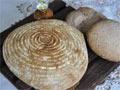 天然发酵的全麦混麦面包