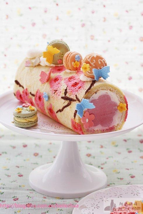 桃花手绘蛋糕卷的做法