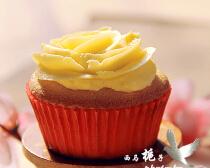 奶油蜂蜜杯子蛋糕