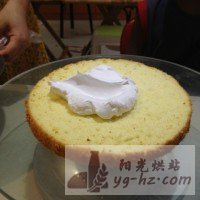 生日蛋糕(8寸)的做法图解4