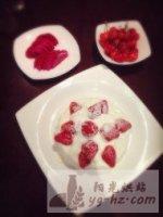 草莓奶油生日蛋糕的做法