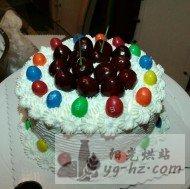 宝贝的樱桃巧克力豆生日蛋糕的做法
