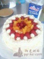裱花生日蛋糕的做法