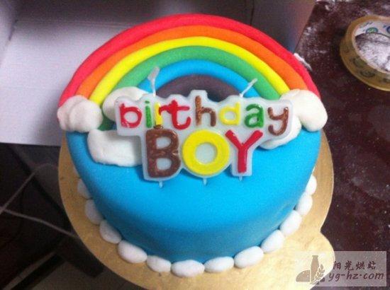 翻糖彩虹蛋糕的做法