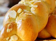 编一个香软的辫子---肉松辫子面包