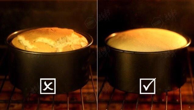 制作戚风蛋糕中常见问题说明,有木有中枪的做法 步骤17