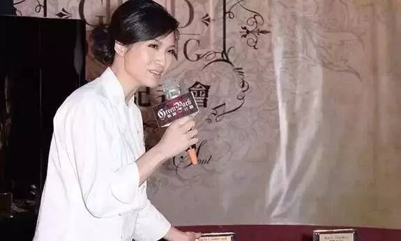 亚洲女厨神陈岚舒和她的情色艺术,高手啊!(绝版,看完必转!)