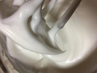 萌萌哒巧克力龙猫戚风的做法 步骤5