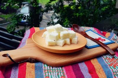 椰丝牛奶小方糕的做法 步骤12