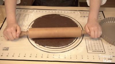 白巧克力树莓塔(视频菜谱)的做法 步骤7