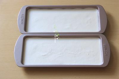 冰淇淋抹茶慕斯双色蛋糕的做法 步骤5
