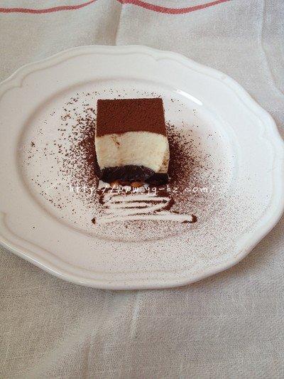 挑战21cake的黑白巧克力慕斯的做法 步骤12