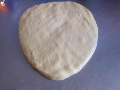 巨蛋牛奶面包---蛋糕一样口感和香甜的面包的做法 步骤4