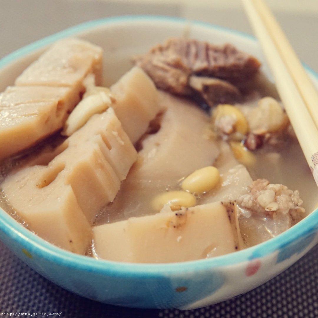 超详细简单的排骨莲藕汤的做法 步骤7