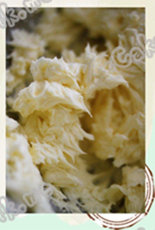 【caketalkme】意式奶油霜的做法 步骤9