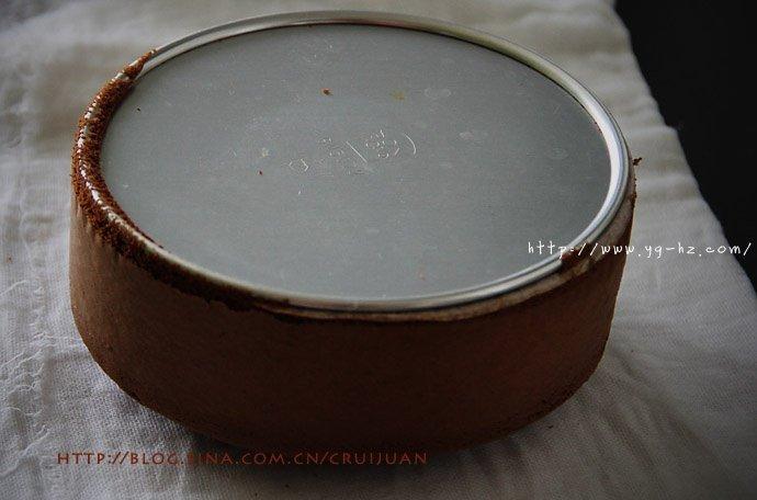 不易消泡的日式方法,可可海绵蛋糕百战宝典的做法 步骤18