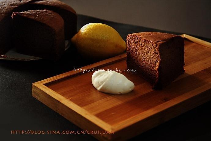 不易消泡的日式方法,可可海绵蛋糕百战宝典的做法