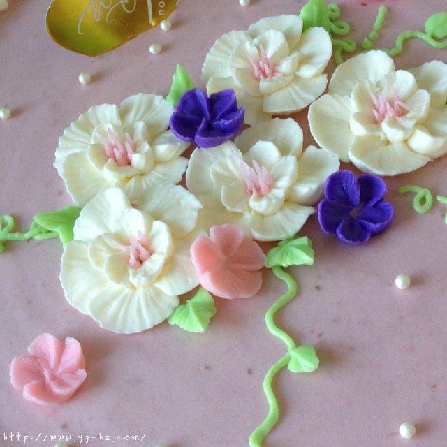 意式奶油霜(裱花推荐使用)的做法