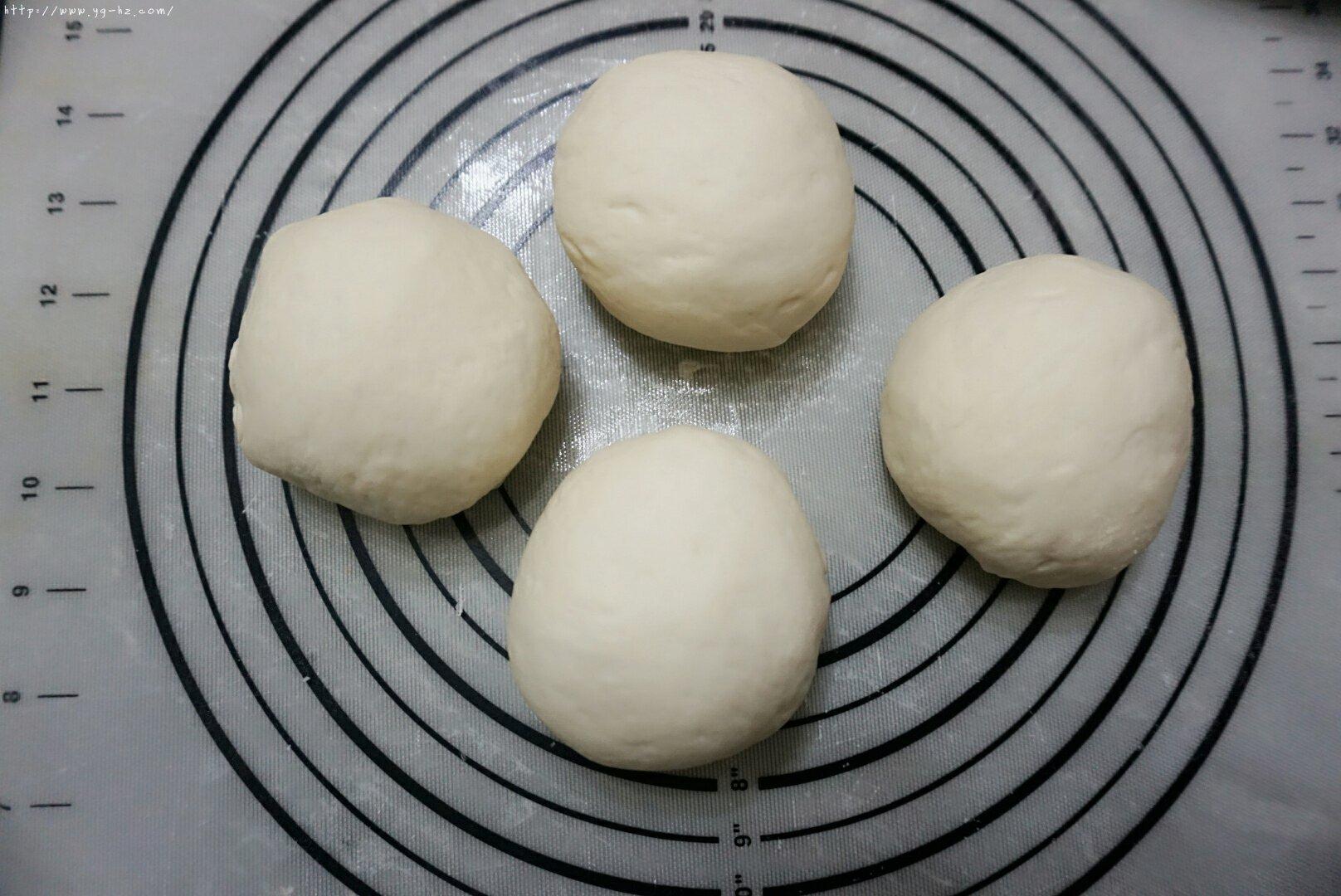 意式披萨的做法 步骤7