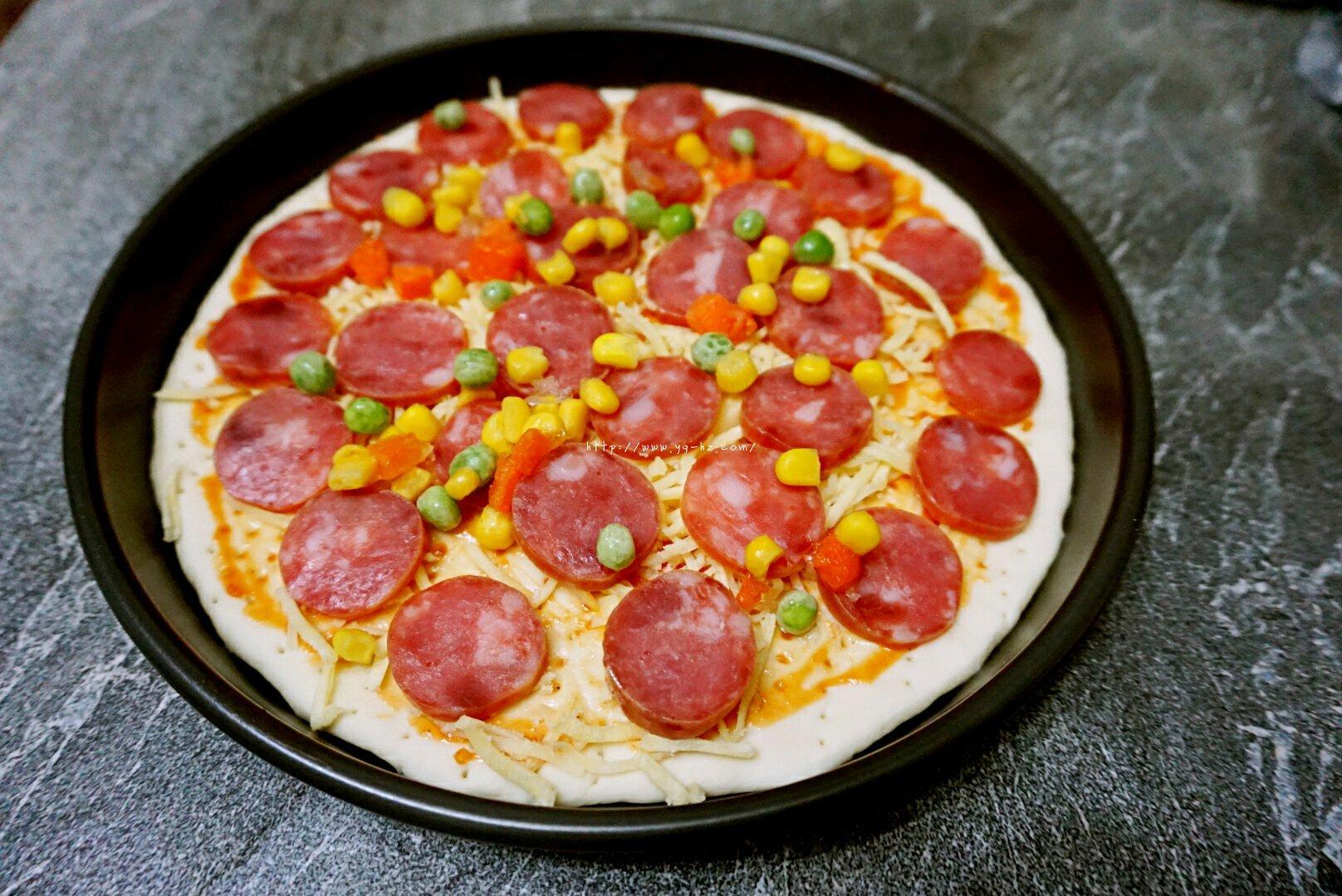 意式披萨的做法 步骤12