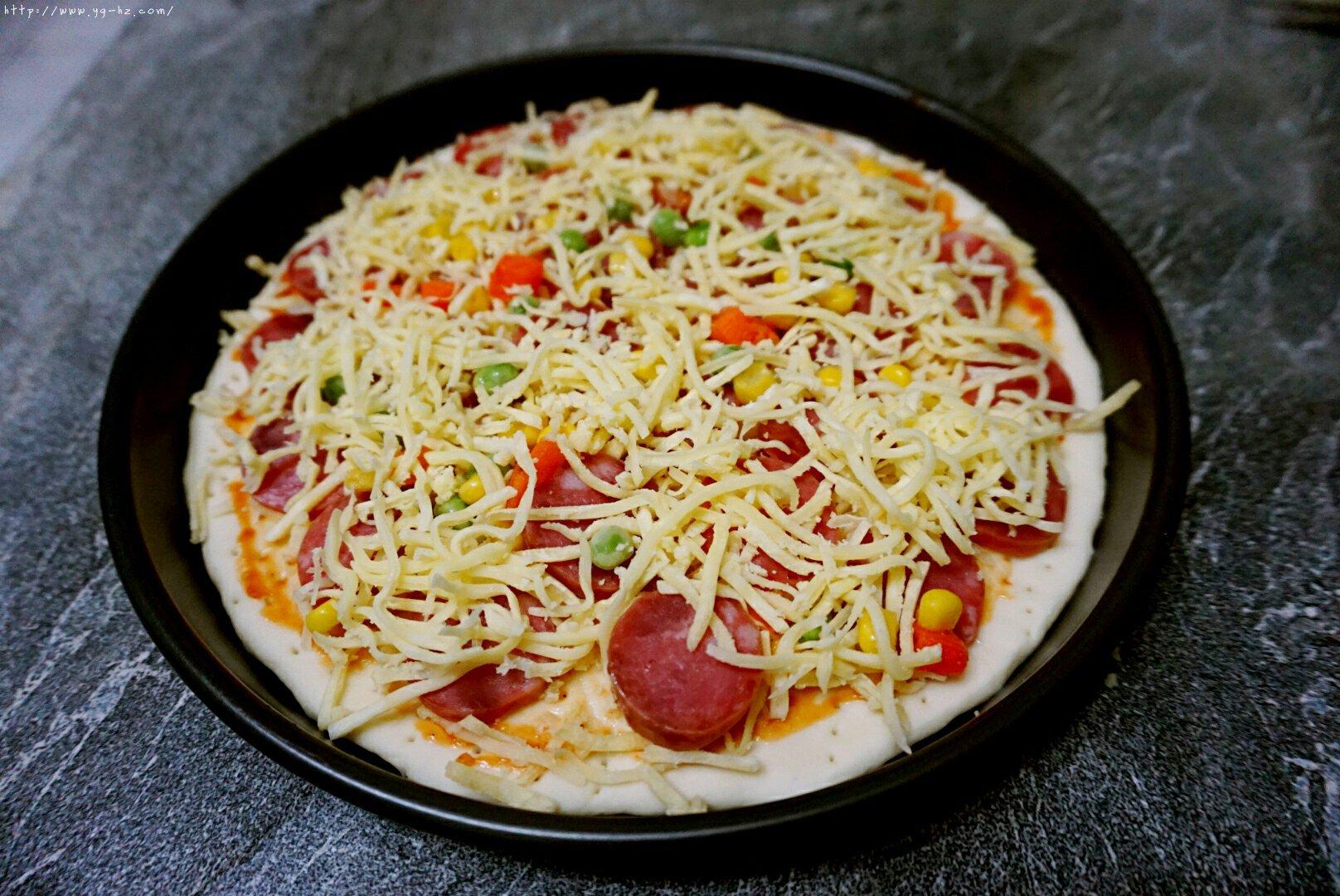 意式披萨的做法 步骤13