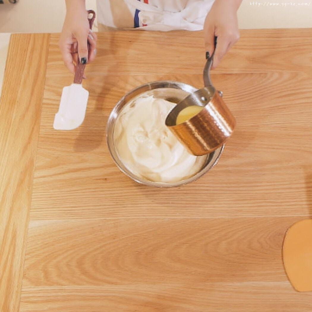 """烘焙""""鬼才""""和泉光一の上原卷/新手适用的超润口感大师级蛋糕卷的做法 步骤7"""