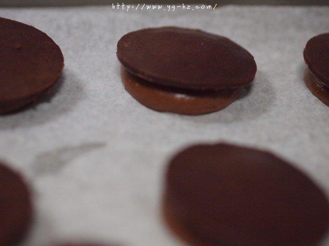 巧克力酥皮泡芙的做法 步骤11
