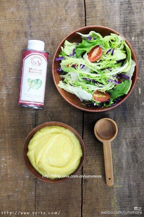 想做更低负担,更有营养的沙拉酱?---榛子美乃滋(蛋黄沙拉酱)