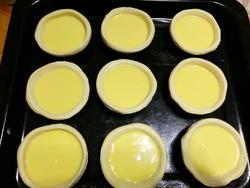 12个倒好蛋挞液的蛋挞皮