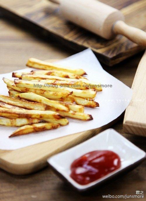 简单、少油的烤箱版薯条