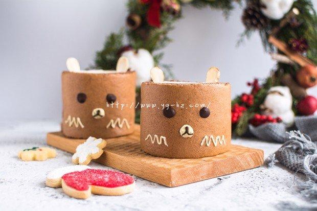 萌熊可可蛋糕卷的做法
