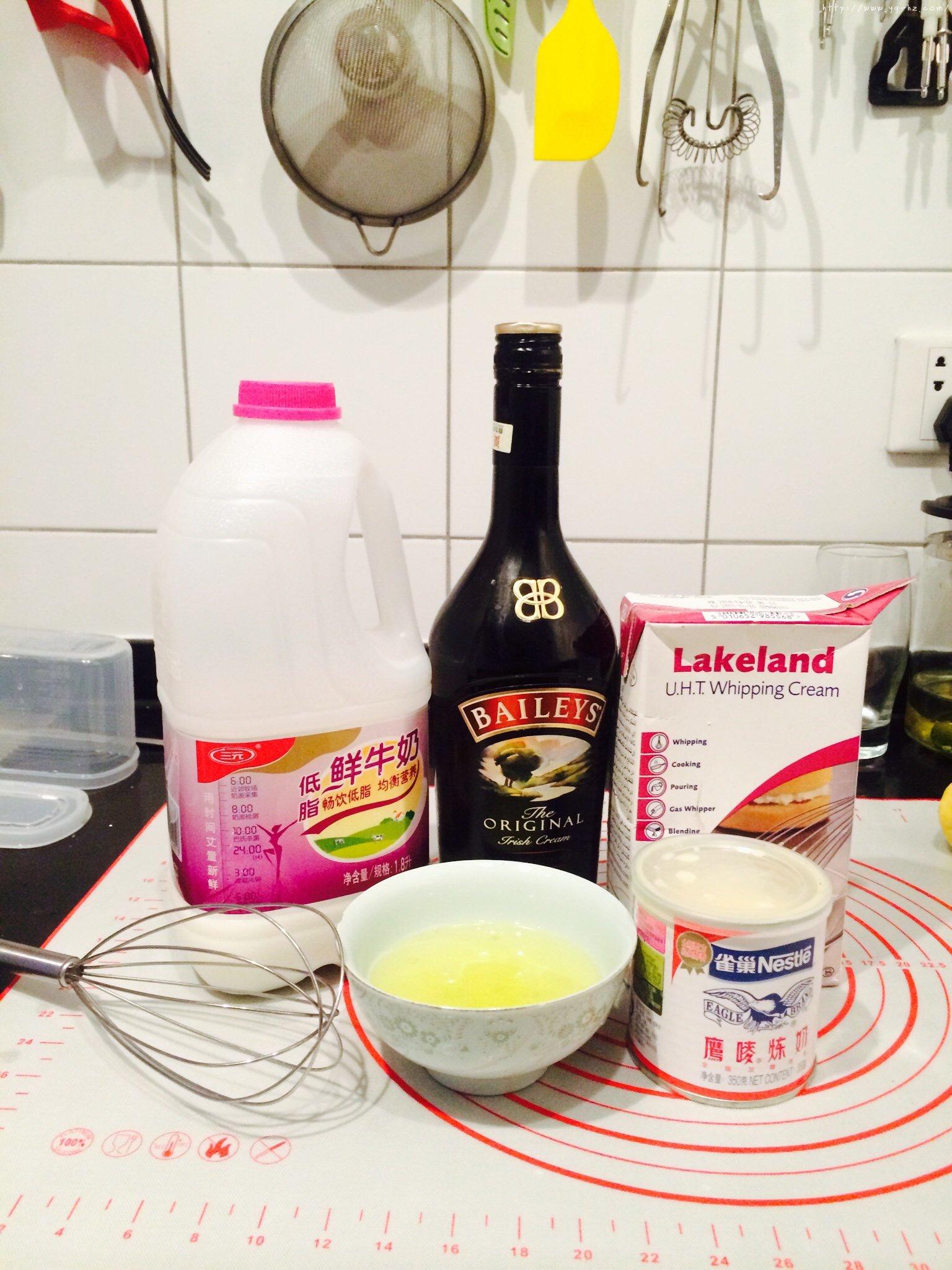 消耗蛋白好方法!嫩滑的蛋白蛋挞的做法 步骤1