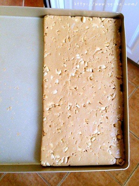 超详细的淡奶油版牛轧糖!的做法 步骤8