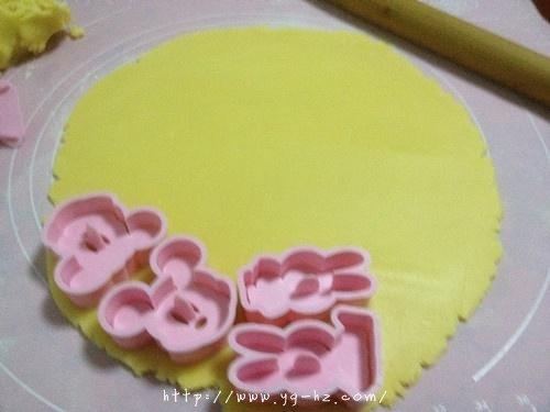 黄油动物饼干—送给小朋友的生日礼物的做法 步骤7