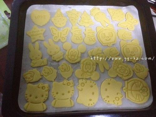 黄油动物饼干—送给小朋友的生日礼物的做法 步骤8