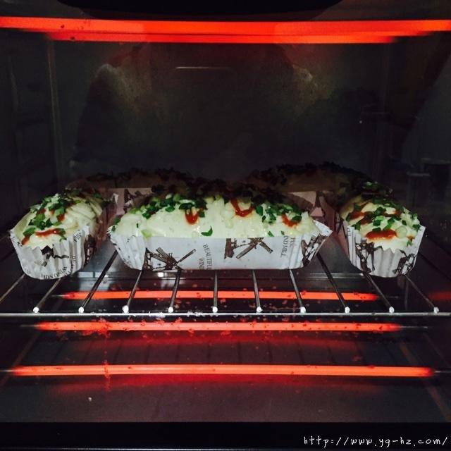 葱香芝士面包的做法 步骤12