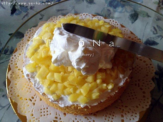 详细的裱花教程--彩虹蛋糕的做法 步骤7