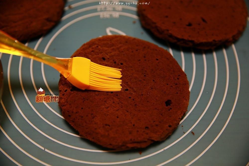 黑森林裸蛋糕的做法 步骤13