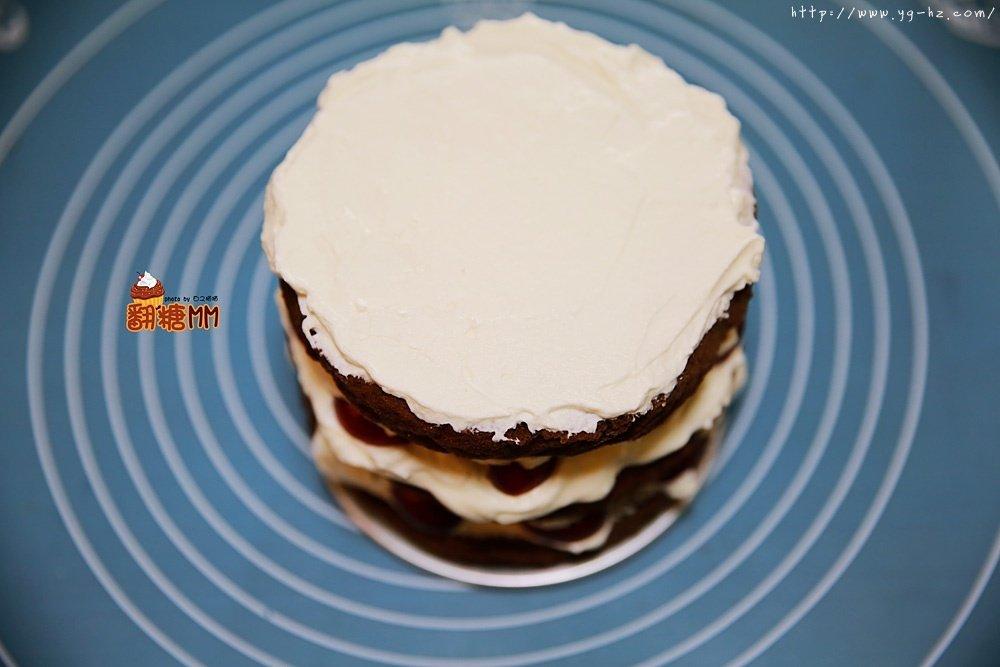 黑森林裸蛋糕的做法 步骤19